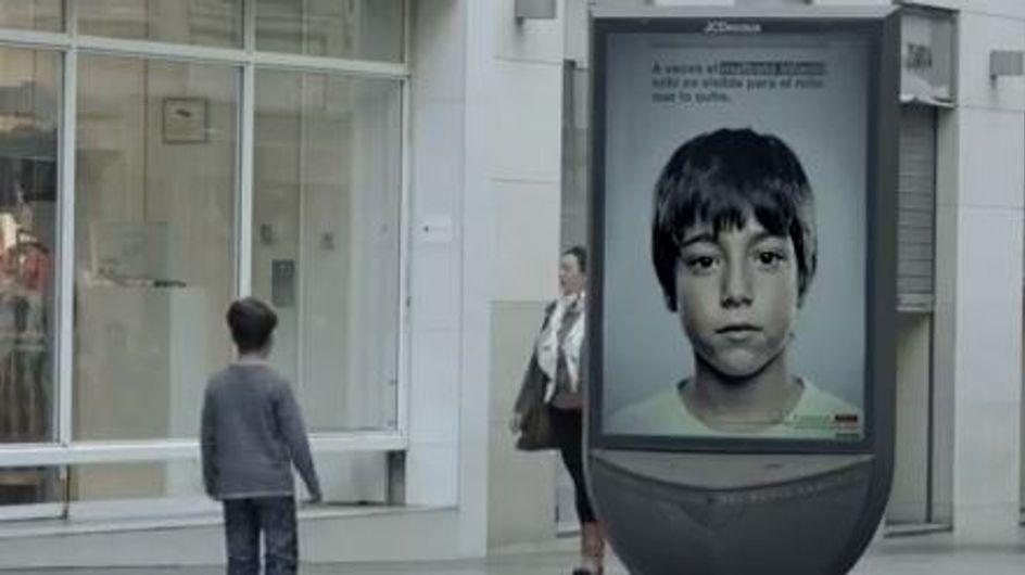 Maltraitance : Une campagne que seuls les enfants peuvent voir... (Vidéo)