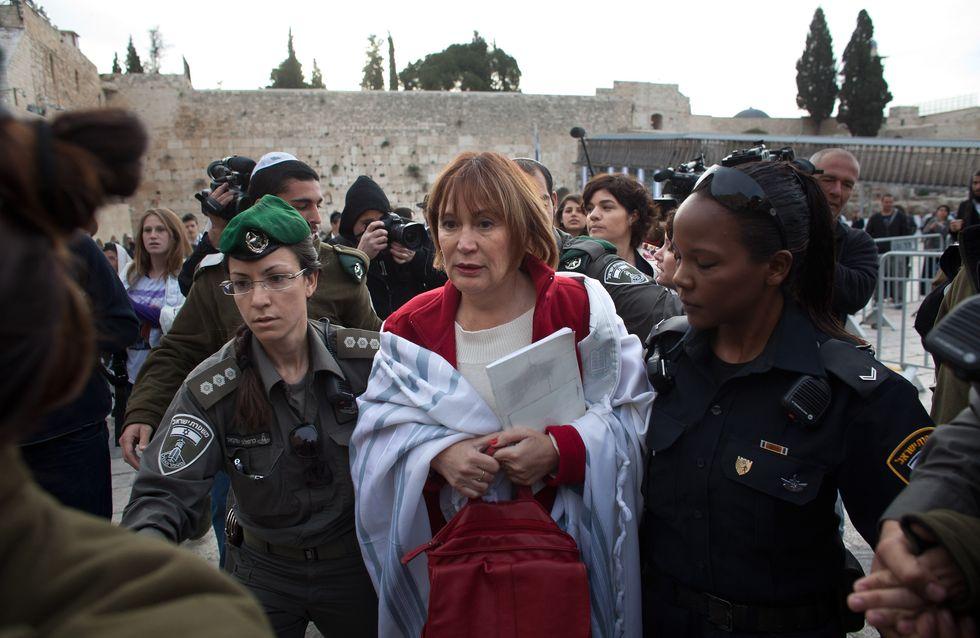 Israël : Prière ''historique'' de femmes juives devant le Mur des lamentations