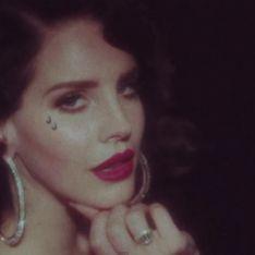 Lana Del Rey, sensuelle dans le clip de sa chanson Young & Beautiful (Vidéo)