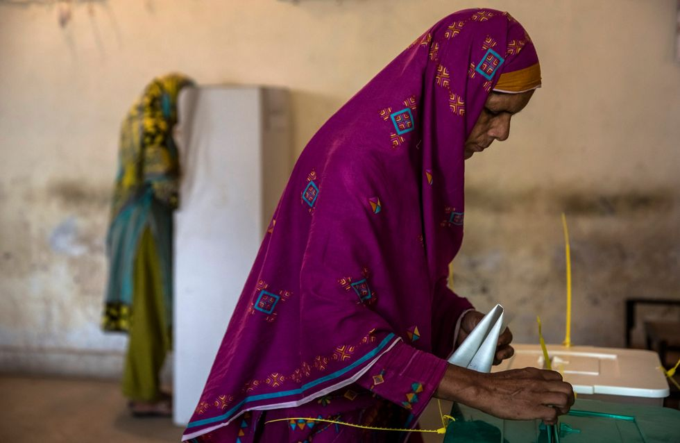 Elections au Pakistan : Deux attentats meurtiers devant les bureaux de vote