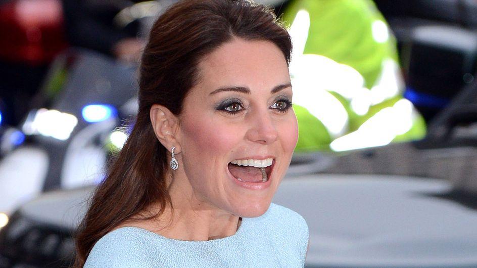 Kate Middleton : Sa robe se soulève, comme Marilyn Monroe ! (Photos)