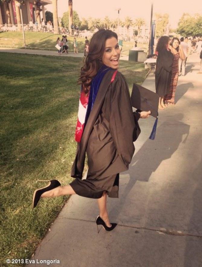 Eva Longoria lors de sa remise de diplôme