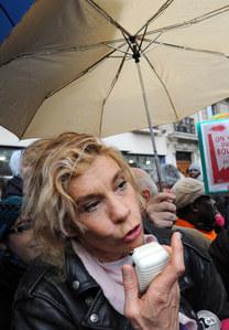Frigide Barjot : Menacée, elle hésite à aller manifester dimanche