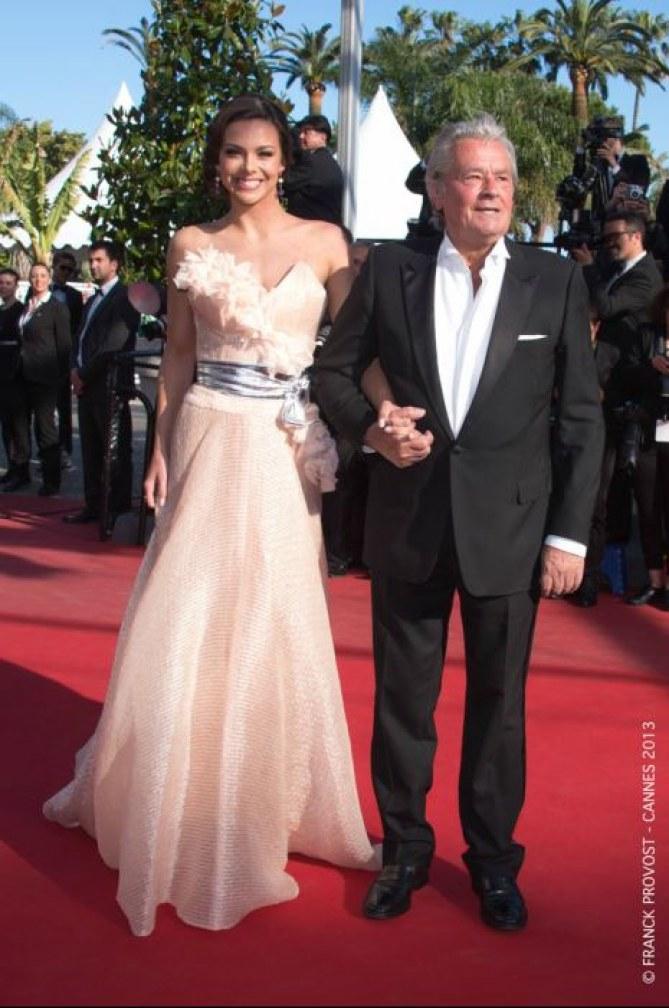 Marine Lorphelin et Alain Delon à Cannes