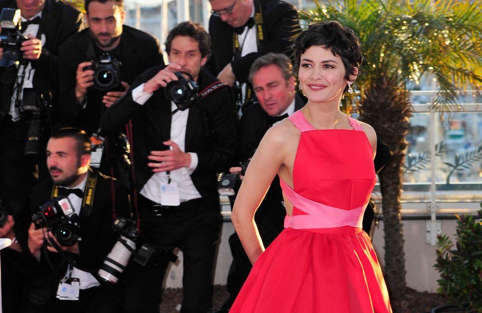Audrey Tautou, renversante dans une robe rouge Prada