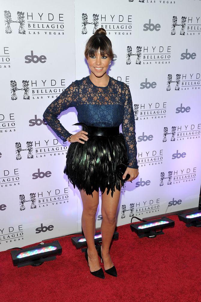 Kourtney Kardashian : Toute en plumes pour son chéri (Photos)