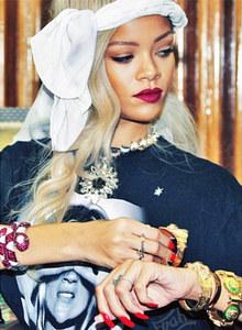 Rihanna cheveux