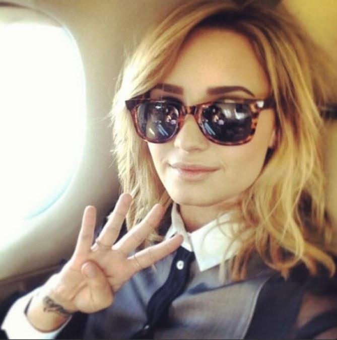 Demi Lovato blonde