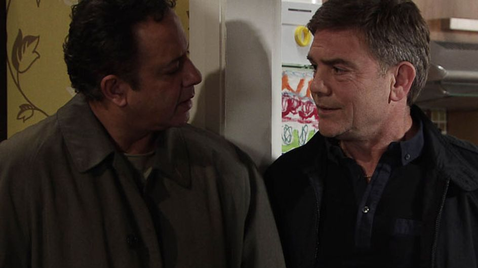 Coronation Street 14/06 - Karl considers murder as Dev continues to dig