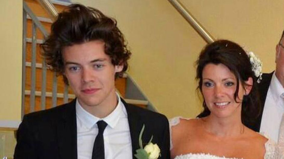 """Best man Harry Styles """"couldn't stop smiling"""" at his mother's wedding"""
