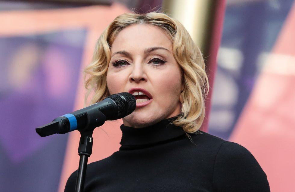 Madonna, le visage tout bouffi on ne la reconnaît plus ! (Photos)