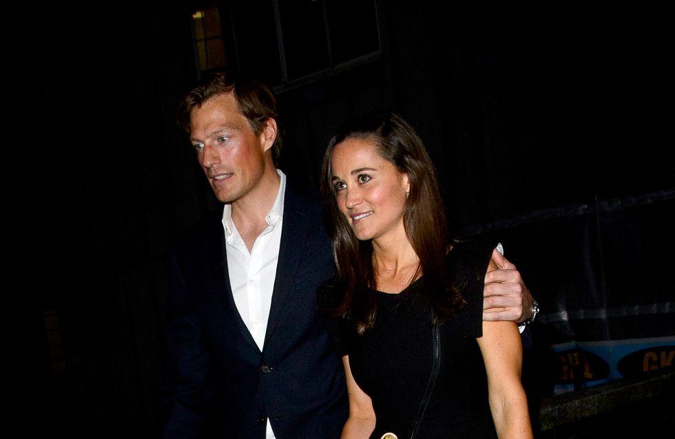 Pippa Middleton : Son mec lui met la main aux fesses en public