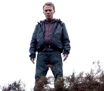 Coronation Street 19/06 - David finds himself on the edge of a cliff