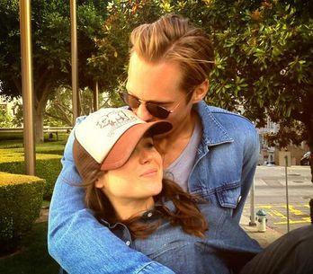 Ellen Page : C'est l'amour fou avec Alexander Skarsgard !