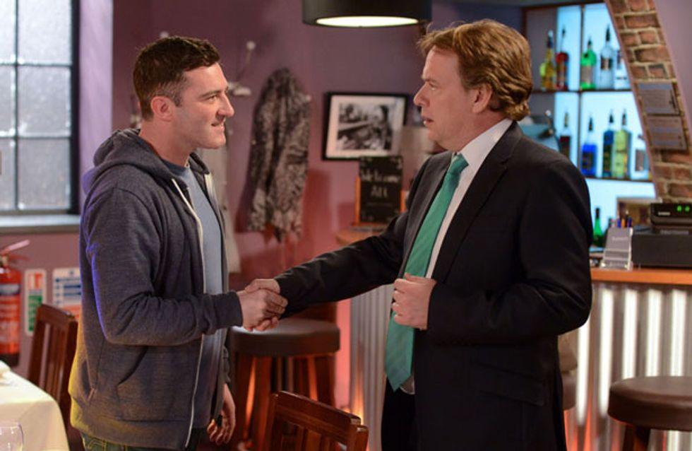 EastEnders 21/06 - Carl confronts Ian over his money