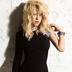 Shakira : Je ne peux rien offrir de plus à Gerard Piqué que ma féminité  (Photos)