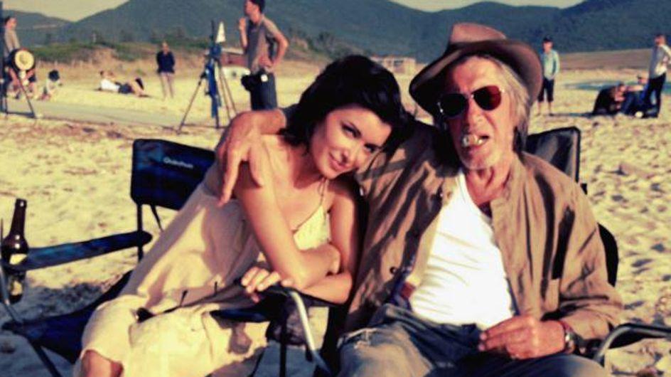 Jenifer : Souriante sous le soleil de Corse (photos)