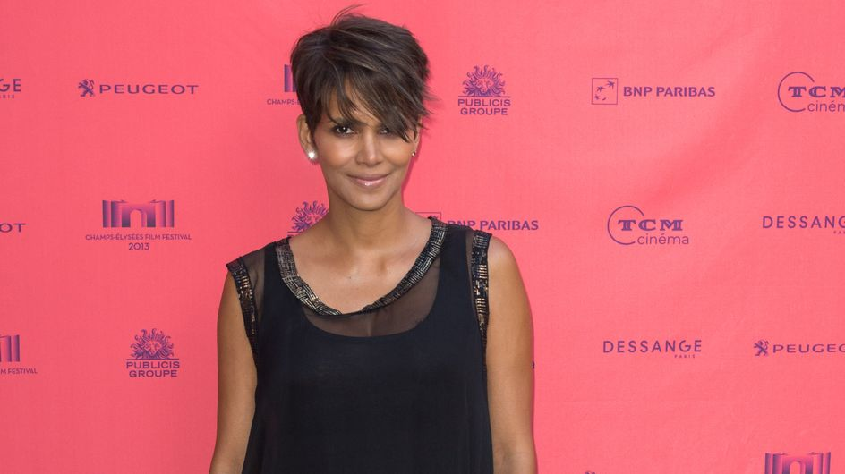 Halle Berry : Un look pas top pour une future maman radieuse (Photo)