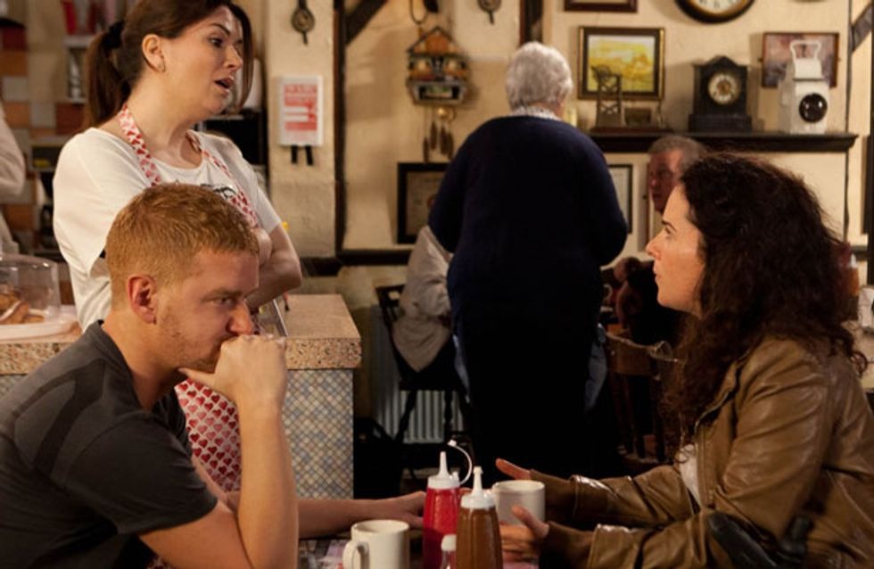 Coronation Street 24/06 - Tina and Izzy fight for the baby