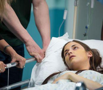 EastEnders 25/06 - Lauren ends up in hospital