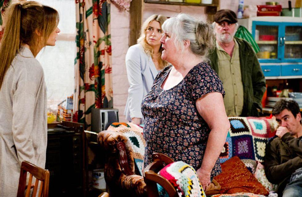 Emmerdale 27/06 - Robbie makes life harder for Debbie