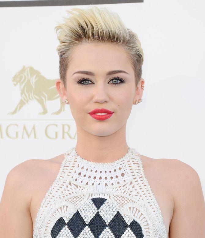 Miley Cyrus: Vom braven Mädchen zum Bad-Girl