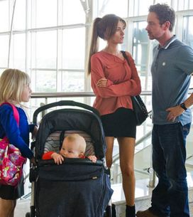 Emmerdale 04/07 - Debbie escapes with her kids