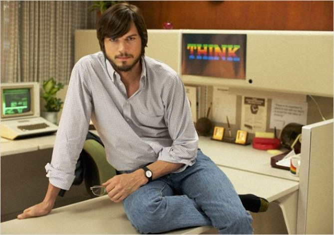 Ashton Kutcher dans le film Jobs