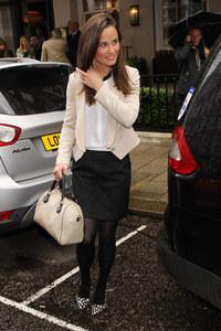 Pippa Middleton en total look Sandro