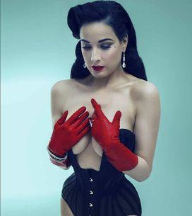 Dita Von Teese, sexy et glamour en lingerie !