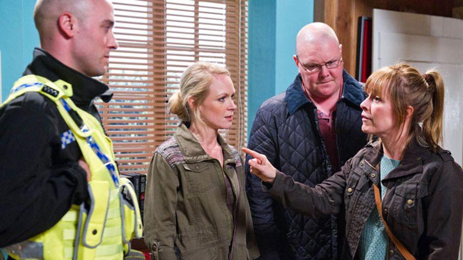 Emmerdale 09/07 - Rhona's desperation leaves Laurel a victim