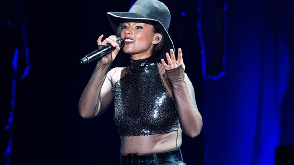 "Alicia Keys : La ""Girl on Fire"" a illuminé Bercy"