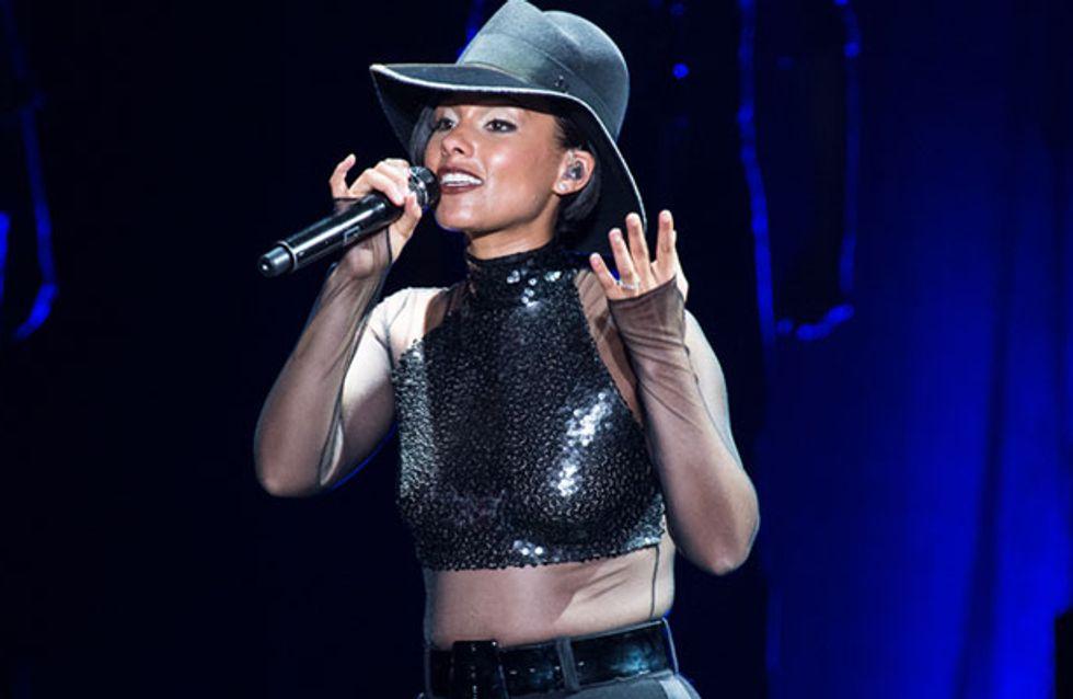 """Alicia Keys : La """"Girl on Fire"""" a illuminé Bercy"""