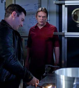 EastEnders 11/07 - Carl pays Ian a nasty visit