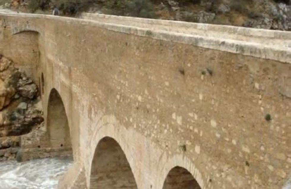 Insolite : Une Australienne se marie avec un pont français