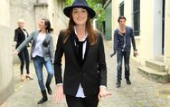 Carla Bruni-Sarkozy : Son amusant clip du « Pingouin » (Vidéo)