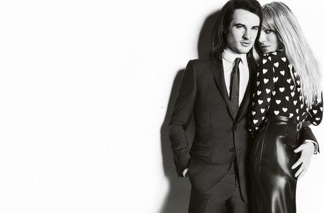 Sienna Miller et Tom Sturridge pour Burberry
