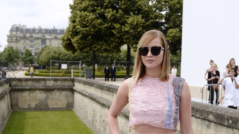 Jennifer Lawrence : Une tenue catastrophique au défilé Dior