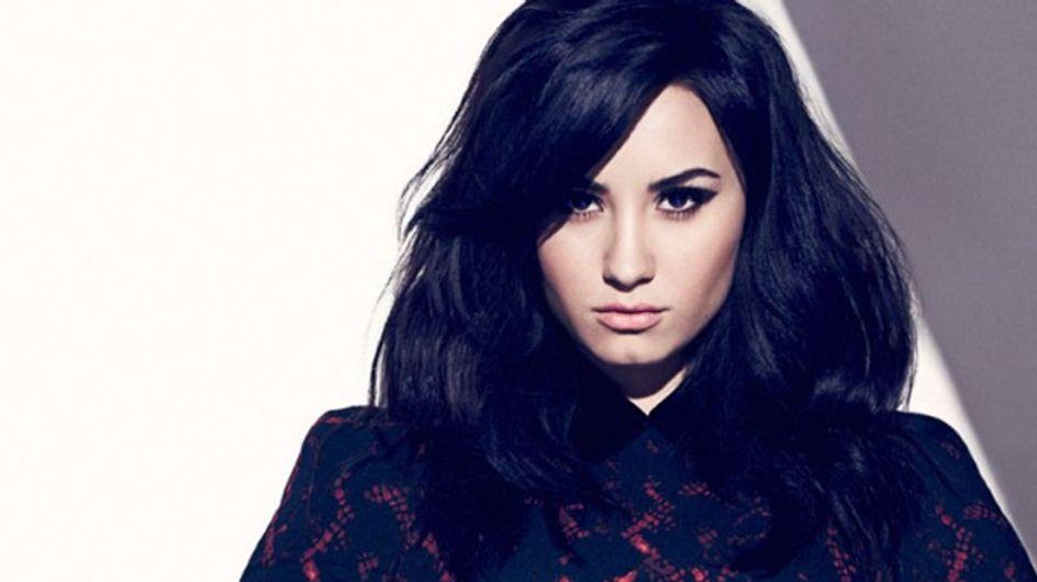 Demi Lovato, fatale en couverture de Fashion Magazine
