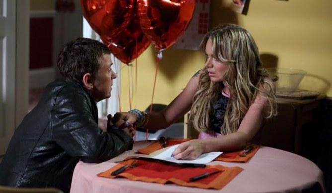 Alfie asks Roxy to marry him!