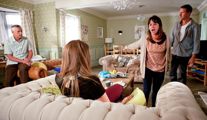 Nancy confronts Sienna
