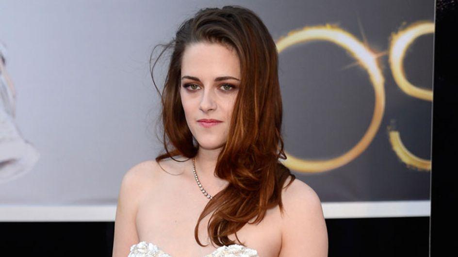 "Kristen Stewart's ""not coping"" after Robert Pattinson split"
