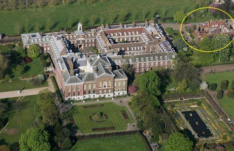 Nottingham Cottage (en jaune) dans Kensington Palace