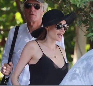 Angelina Jolie : Pour la première fois en décolleté après sa mastectomie