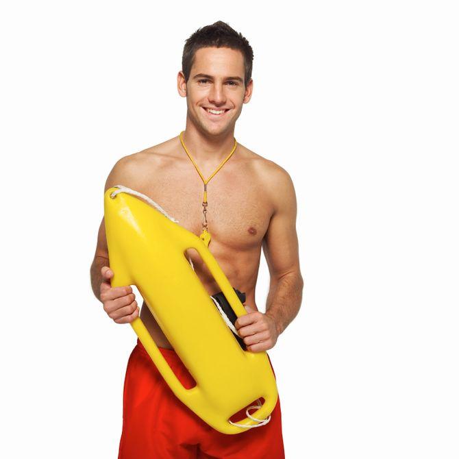 Le maître-nageur, un fantasme pour 31% des femmes en été