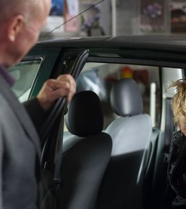 EastEnders 22/07 – Phil finds Shirley sleeping in a car