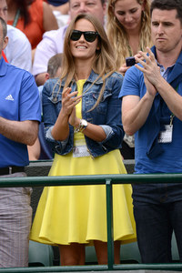Andy Murray and Kim Sears to model Burberry?