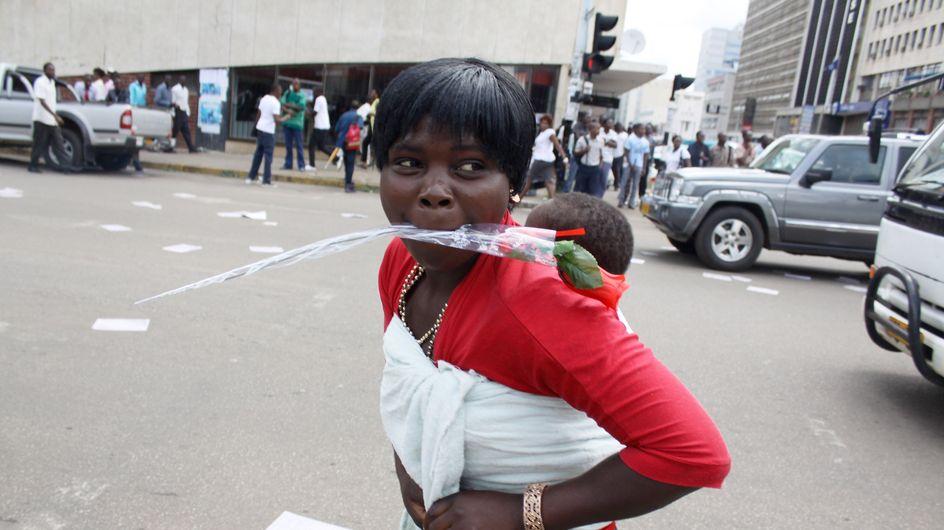 Zimbabwe : Un hôpital facture 5 dollars les cris d'accouchement
