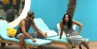 Julien parle de ses sentiments à Emilie