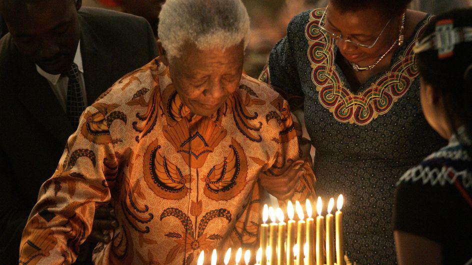 """Nelson Mandela : 95 ans aujourd'hui et un état de santé qui """"s'améliore"""""""